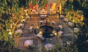 Restaurant Coutyard