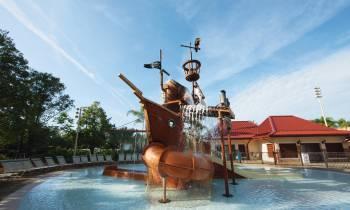 Disney's Caribbean Beach - Swimming pool