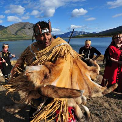 Dakka' Kwa'an Dancers, Yukon