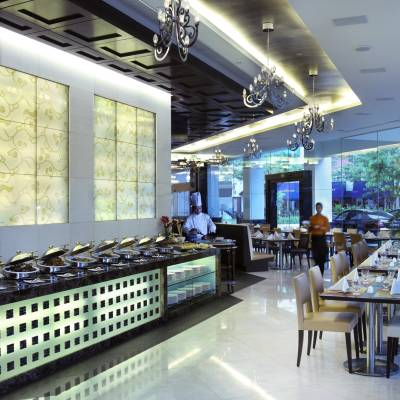 Brizo Restaurant and Bar