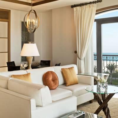 Ocean Suite - Living Room