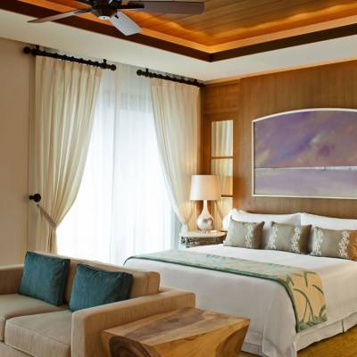 St Regis Suite - Living Room