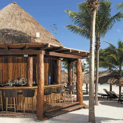 Barracuda Beach Bar