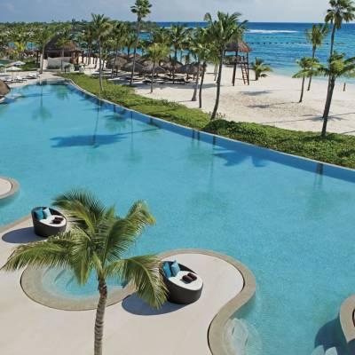 Ocean-front pool at Secrets Akumal Riviera Maya