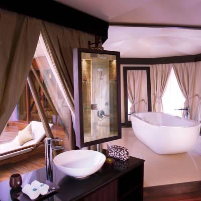 Al Khaimah Villa Bathroom