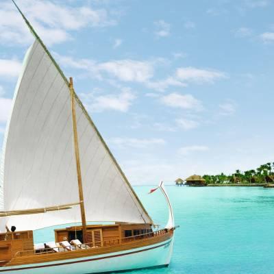 Dhoni Boat Excursion, Maldives