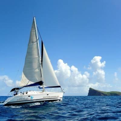 Sailing near Coin de Mire