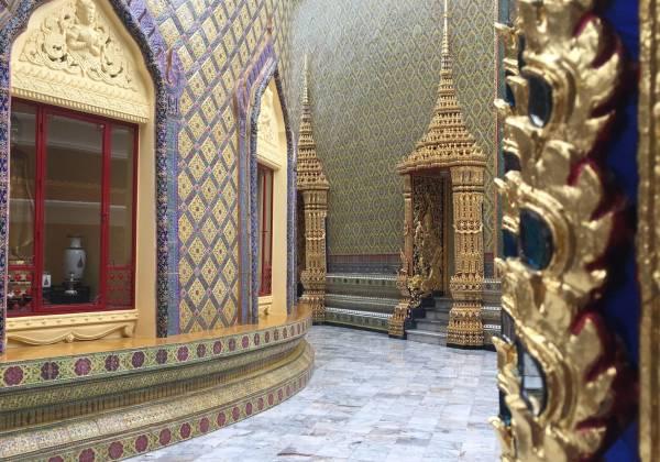 Wat Rajabopit Temple