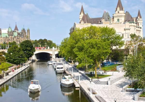 Rideau Canal, UNESCO World Heritage Site, Ottawa, Ontario, Canada