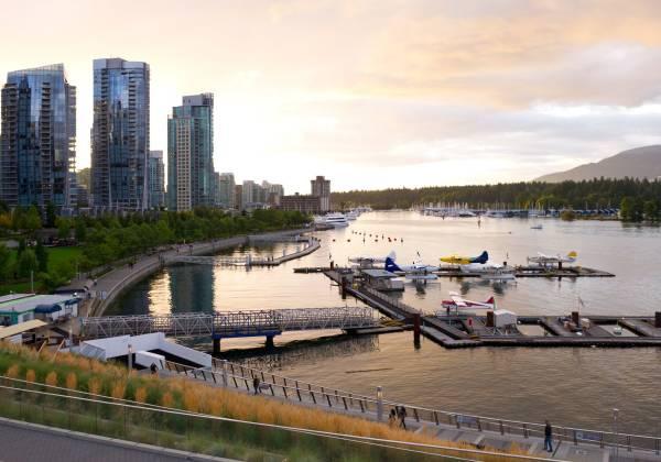 Coal Harbour, Vancouver, Seawall, British Columbia