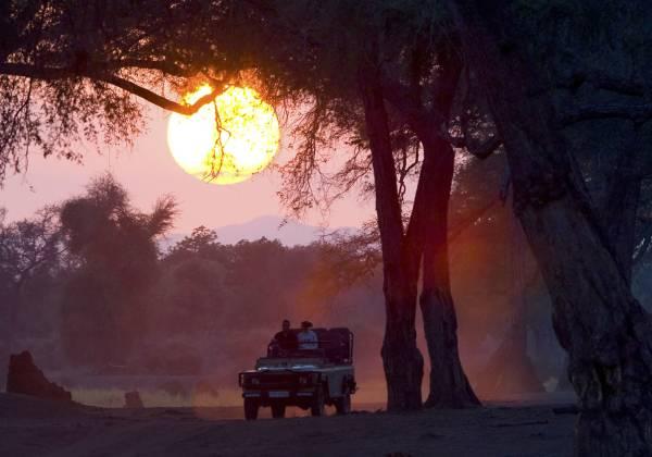 A sunset jeep safari