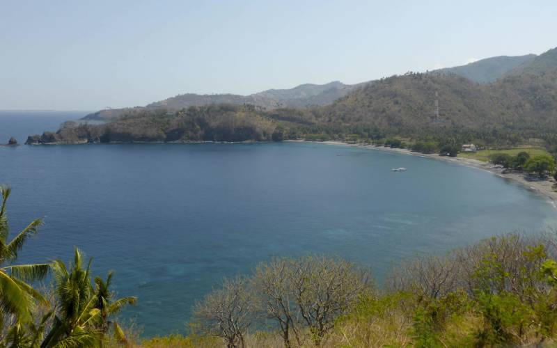 This is a photo of the Lombok coastline