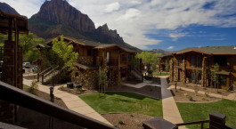 Enchanting Travels USA Tours Cable Mountain Lodge