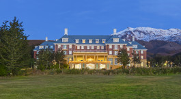 Chateau Tongariro Hotel 4* in Tongariro National Park, New Zealand