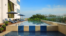 Swimmingpool im Four Points by Sheraton Medan in Medan, Indonesien