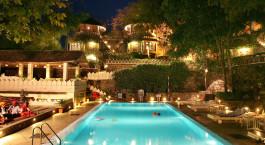 Swimmingpool im the Aodhi Hotel in Kumbalgarh, Nordindien