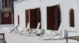 Liegestu00fchle auf der Dachterrasse des Terraco das Quitandas Hotels in Ilha de Mozambique