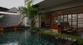 Pool im Tegal Sari Hotel in Ubud, Indonesien
