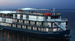 Auu00dfenansicht von The Jayavarman Cruise, Siem Reap / Mekong in Kambodscha