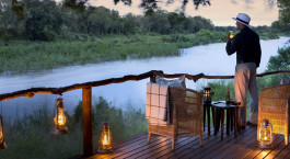 Terrasse im Lion Sands Tinga Lodge Hotel im su00fcdlichen Kru00fcger, Su00fcdafrika