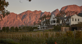 Auu00dfenansicht des Leeu Estates Hotels, Winelands in Su00fcdafrika