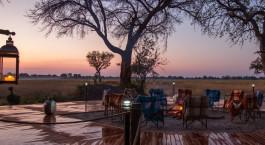 Lagerfeuer im Kadizora Camp in Okavango Delta, Botswana