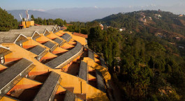 Auu00dfenansicht von Club Himalaya Hotel in Nagarkot, Nepal