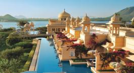 Blick u00fcber das Oberoi UdaiVilas in Udaipur Indien