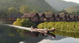 Enchanting Travels - Asien Reisen - Myanmar - Pristine Lotus Spa Resort - Bootfahren