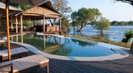 Swimming Pool im Hotel Toka Leya Camp, Viktoriafu00e4lle, Zambia