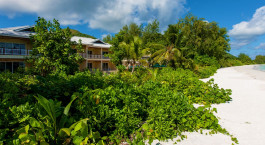 Enchanting Travels Seychelles Reisen Praslin Island Hotels Acajou Strandresort Meeresblick