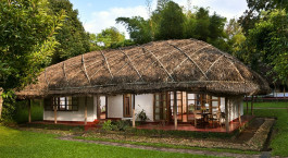 Auu00dfenansicht von Hotel Spice Village, Thekkady in Su00fcdindien