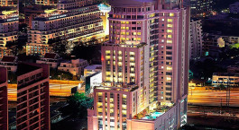 Auu00dfenansicht im Hotel Majestic Grande in Bangkok, Thailand