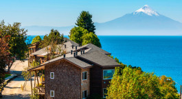 Auu00dfenansicht vom Hotel Cabau00f1a del Lago in Puerto Varas, Chile