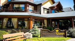 Auu00dfenansicht des Patagonia Queen Hotel in El Calafate, Argentinien