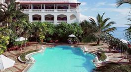 Swimmingpool im Hotel Zanzibar Serena, Stone Town in Tansania