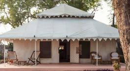 Auu00dfenansicht von Ahilya Fort Hotel in Maheshwar, Nordindien