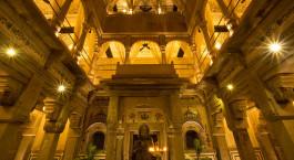 Innenansicht des Brijrama Palace in Varanasi, Nordindien