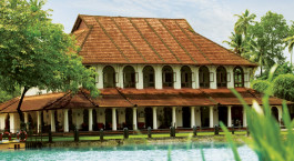 Auu00dfenansicht von Taj Kumarakom Resort & Spa in Kerala Backwaters, Su00fcdindien