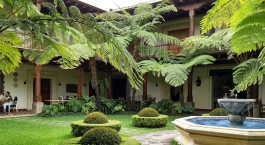 Innenhof Palacio de Dou00f1a Leonor Hotel in Antigua, Guatemala