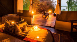 Zelt -Innenbereich im Kasaka River Lodge in Lower Zambezi, Sambia