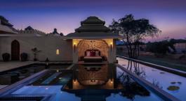 Auu00dfenanlage des Evolve Back Kamalapura Palace Hampi Hotel in Hampi, Su00fcdindien