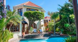 Pool im Brenwin Guest House in Kapstadt, Su00fcdafrika