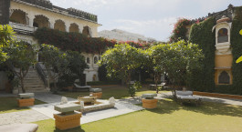 Auu00dfenanlage des Rawla Narlai Hotels in Narlai, Nordindien