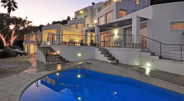 Pool im Villa Afrikana Hotel in Garden Route, Su00fcdafrika