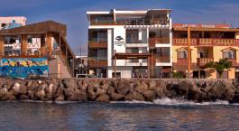 Auu00dfenansicht im Galapagos Sunset Hotel San Cristobal in Ecuador/Galapagos