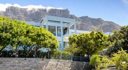 Auu00dfenansicht des Manna Bay Hotel in Kapstadt, Su00fcdafrika