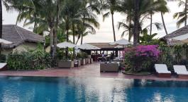 Swimmingpool im Bayview Resort in Ngapali Strand, Myanmar