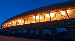 Auu00dfenansicht von Hotel Tierra Patagonia & Spa im Torres del Paine in Chile