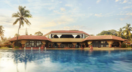 Pool im Taj Fort Aguada Resort & Spa Hotel in Goa, Zentral- & Westindien